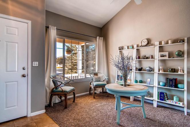 6277 Old Divide Trail Parker-large-005-24-Living Room-1500x1000-72dpi